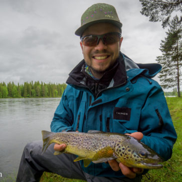 Fly Fishing Jämtland (Part 1): Skit Fiske Hårkan River